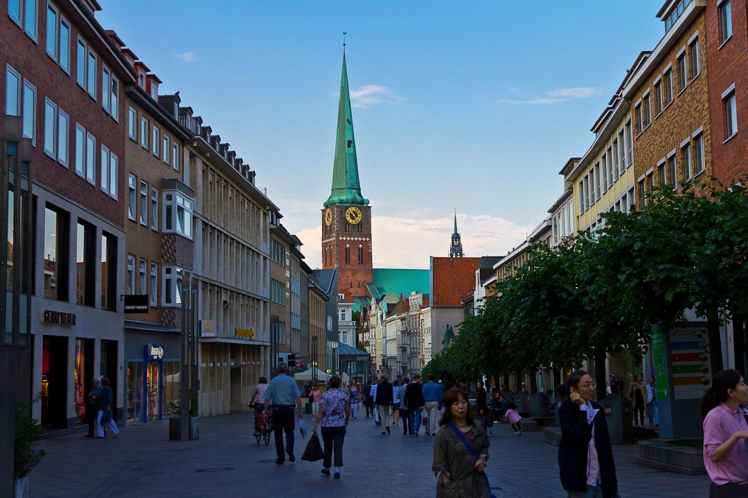 http://www.on-walking.com/files/lubeck-2/001.jpg