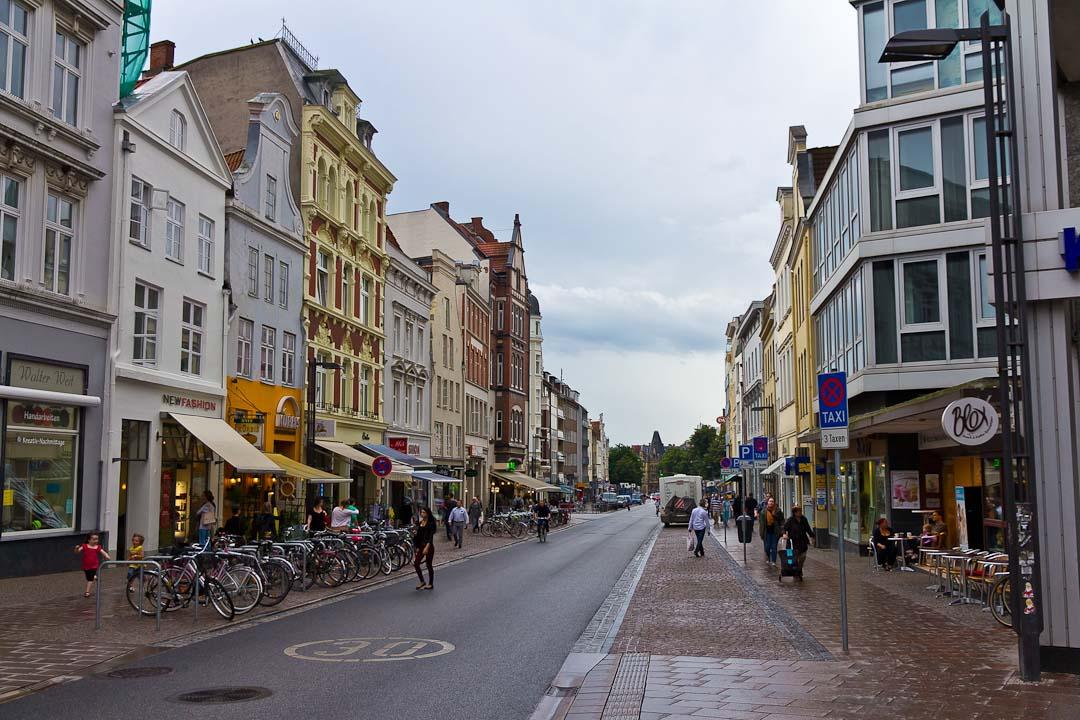 вижу немецкие улицы картинки после они вместе